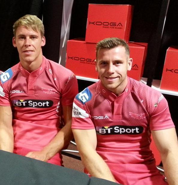 New Scarlets Rugby Jersey 2014 15